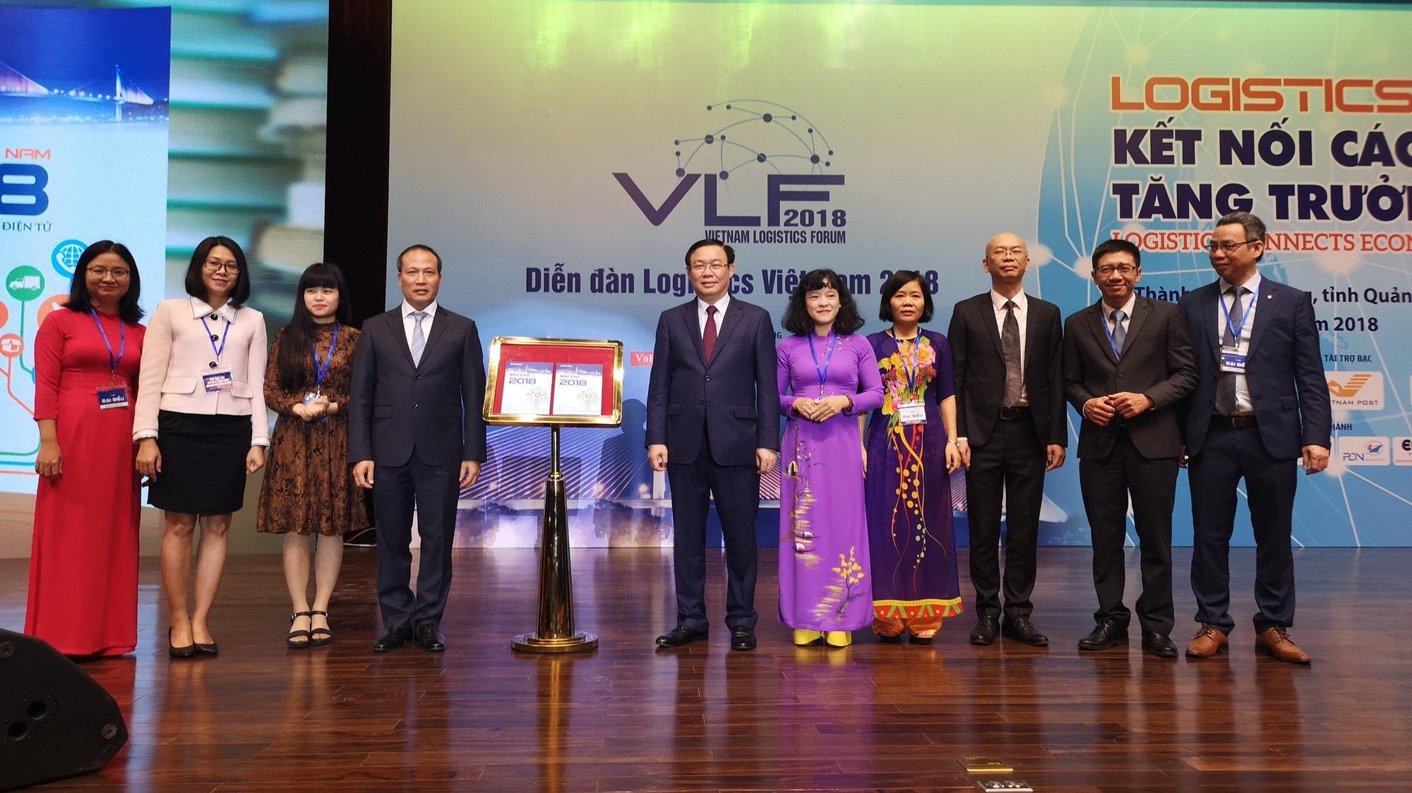 Trong khuôn khổ Diễn đàn Logistics Việt Nam 2018 diễn ra sáng 7/12 tại Quảng Ninh, Bộ Công Thương đã công bố Báo cáo Logistics Việt Nam 2018.